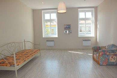 Pronájem rekonstruovaného cihlového bytu 1+1 v Krnově, Ev.č.: 00085