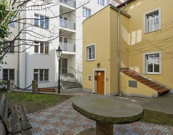 Byt k pronájmu - 1+1, Hollarovo náměstí 1998/11, Praha, 41 m² - foto 3