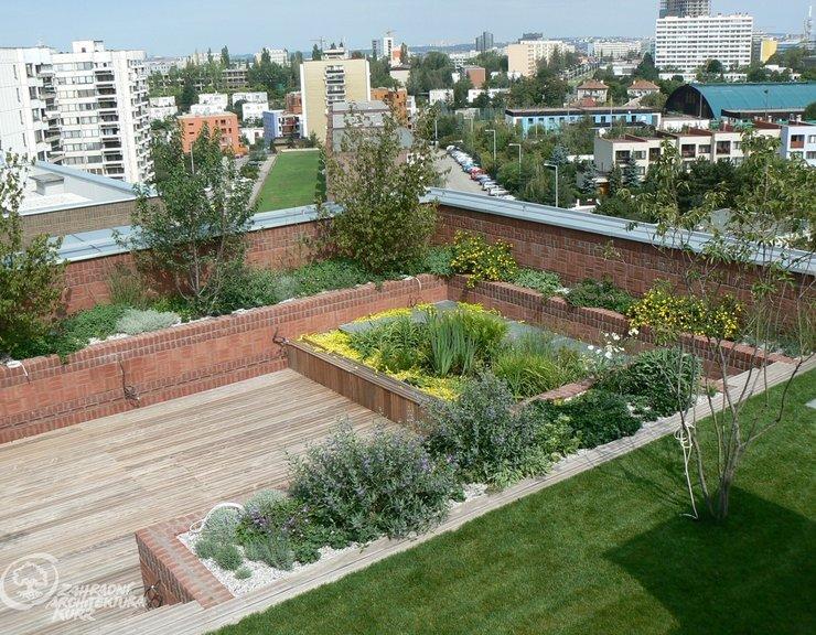 Zelené střechy oteplování města nezastaví, pomůže jen dostatek nezastavěných ploch