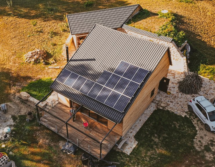 Díky akumulačnímu zařízení od FITCRAFT ENERGY má Martin Ručka energeticky soběstačný dům