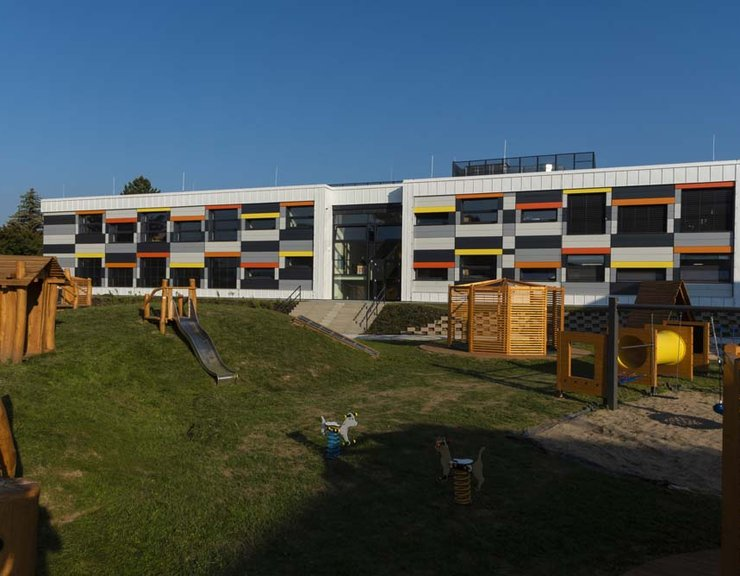 Školky a dětská hřiště nemohou platit obyvatelé nových bytů, fondy pro developery jsou špatné