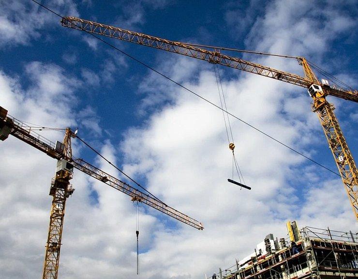 Více než třetina zahraničních stavebních zakázek byla zrušena