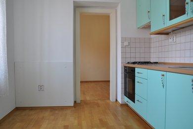 Pronájem bytu 2+1 v Kutné Hoře, 58 m2,  ulice Vocelova, Ev.č.: 013EH