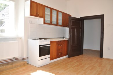 Pronájem bytu 3+1, 130 m2, Žleby, Ev.č.: 015EH