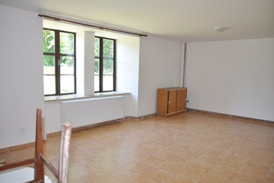 Pronájem bytu 1+1 v obci Žleby, 50 m2, Ev.č.: 016EH