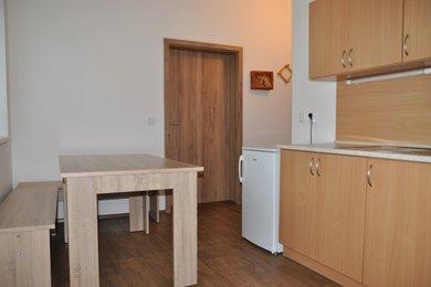 Pronájem bytu 1+1 v Kutné Hoře, 29 m2, ulice Na Sioně, Ev.č.: 020EH