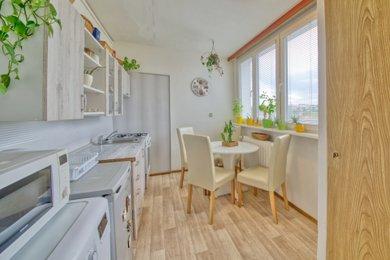 Pronájem bytu 1+1 v Kutné Hoře, 35 m2, Benešova ulice, Ev.č.: 021EH