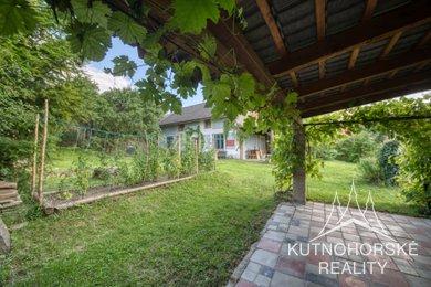 Prodej vesnického domu s pozemky v Perštejnci - Kutná Hora, Ev.č.: MM037