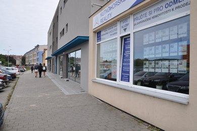 Pronájem obchodního prostoru v Kutné Hoře, 75 m², ulice Kpt. Vosky, Ev.č.: 026EH