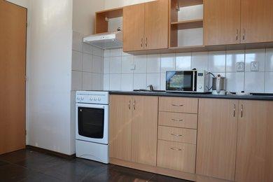 Pronájem bytu 1 + 1, Čáslavská ulice, Kutná Hora, Ev.č.: 027EH