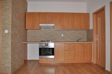 Pronájem bytu 2+kk v Kutné Hoře, ulice Na Náměti, 45 m2, Ev.č.: 028EH