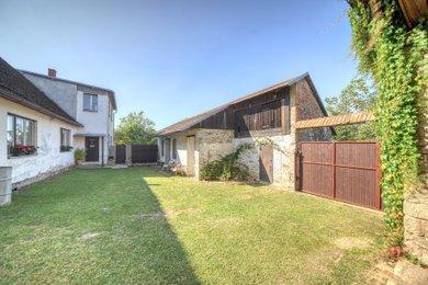 Prodej rodinného domu na pozemku 1013m² - Kamenná Lhota u Ledče nad Sázavou, Ev.č.: MM044
