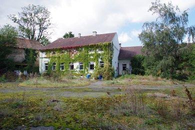 Prodej historické zemědělské usedlosti z roku 1884 ,Poboří -  obec Plaňany, Ev.č.: 008AF