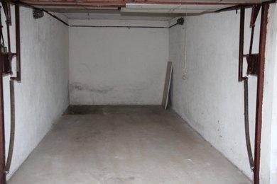 Prodej řadové garáže v Kolíně, vel. 19m²., Ev.č.: 003ZK