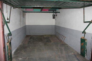 Prodej, Garáže, 19m² - Kolín, Ev.č.: 004ZK