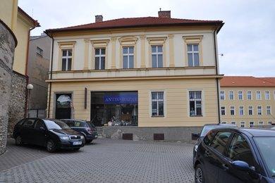 Prodej rodinného domu v centru Čáslavi, 400m², zahrada 965m², Ev.č.: 003RK