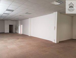 Prodej, Obchodní prostory, 339m² - Praha - Vysočany