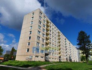 Dlouhodobý pronájem bytu 4+1 s lodžií, Trutnov – Zelená Louka.