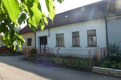 Prodej RD 2+1 v obci Kučerov, okr. Vyškov, CP: 418 m2, Ev.č.: 00008