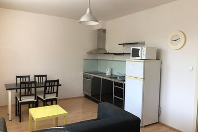 Nabízíme Vám pronájem prosluněného bytu 2+kk, klidná část Medlánky, Hrázka, Ev.č.: 52044