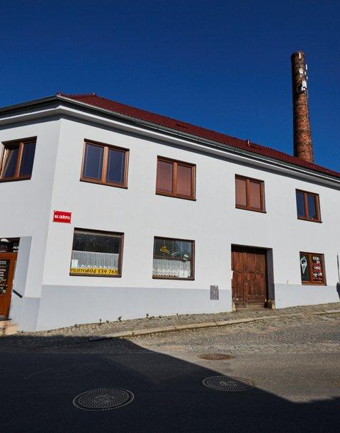 Prodej domu, celková podlahová plocha  288 m² + 145 m2 půda, Bystřice nad Pernštejnem