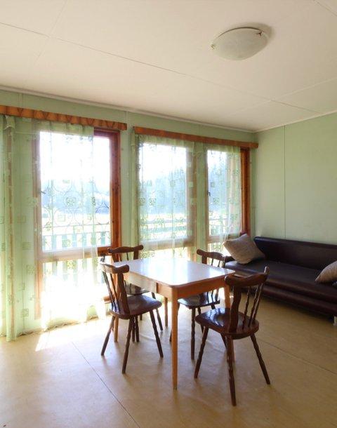 Lesní usedlost, podlahová plocha 816 m2, pozemek 12