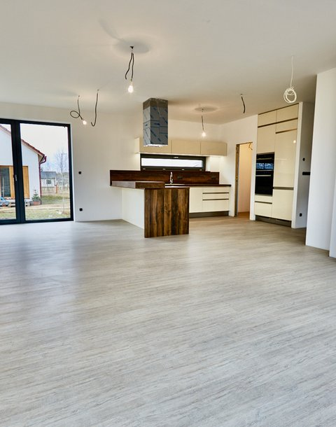 Prodej novostavby rodinného domu 5+kk, podl