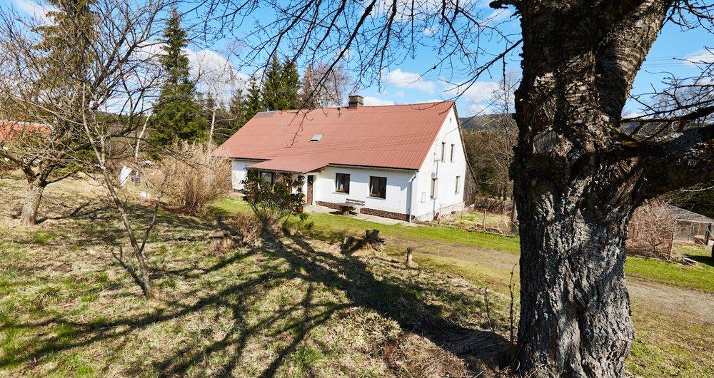 Prodej rodinného domu - rekreační chaty, 163 m², pozemek 3805 m2  - Stará Ves u Rýmařova - Žďárský Potok