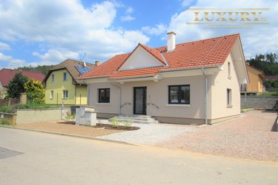 Prodej luxusní novostavby 4+kk, okraj obce, Železné u Tišnova, 478 m2, Ev.č.: 00025