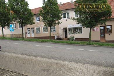 Pronájem kanceláře, vzorkovny s výlohou, střed města, 55 m² Tišnov,, Ev.č.: 00026