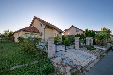 Prodej, rodinný dům 5+kk, 170 m2, Chomoutov, Ev.č.: 00002