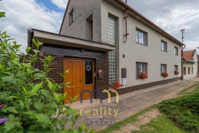 Prodej rodinného domu 351m², pozemek 486m², Ev.č.: 00293
