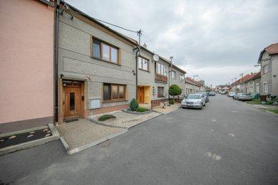 Prodej, rodinný dům 4+1, 140 m2, Kozlovice, ul. Za Školou, Ev.č.: 00059