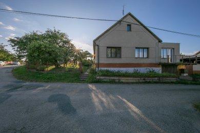 Prodej, rodinný dům, 5+1, 165 m2, Malé Hradisko, Ev.č.: 00006