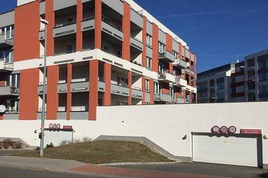 Prodej, byt 2+kk, 64 m2, Praha - Zličín, ul. Milotická, vlastní zahrada, Ev.č.: 00061
