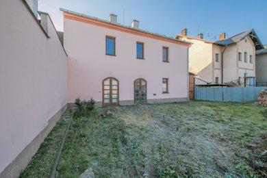 Prodej, komerční prostor, 198 m2, Štěpánov, ul. Březecká, Ev.č.: 00083