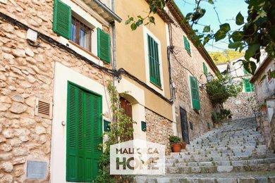 PRODEJ. Tradiční kamenný dům s panoramatickými výhledy. Bezkonkurenční cena! Bunyola, Mallorca, Ev.č.: BU2031