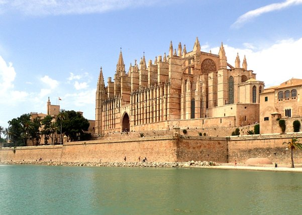 katedrala1200