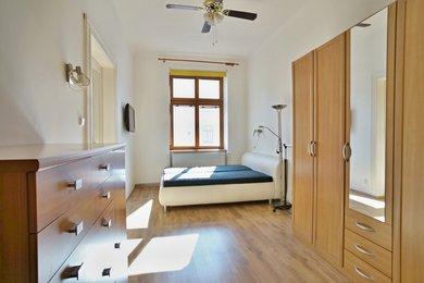 Pronájem, Byty 2+1, 69m² - Praha - Holešovice, Ev.č.: 00357