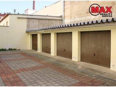Pronájem garáže 14 m², ulice Vlastislavova, Praha 4 - Nusle