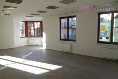 Pronájem, Obchodní prostory, 160m² - Uherské Hradiště, Ev.č.: 00002