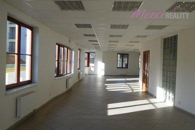 Pronájem, Obchodní prostory, 160m² - Uherské Hradiště, Ev.č.: 00099