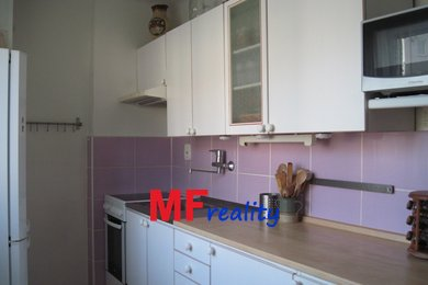 Prodej bytu 3+1, Černožice nad Labem