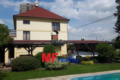 Prodej pěkného rodinného domu 4+kk s pozemkem 505m² - Hradec Králové