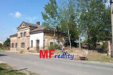 Prodej komerčního pozemku pro výrobu a skladování 1796m² - Praskačka