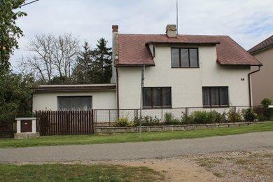 Prodej rodinného domu 5+1 s garáží a pozemkem 1 469 m² s možností další zástavby - Dolní Přím - Probluz, Ev.č.: 00059