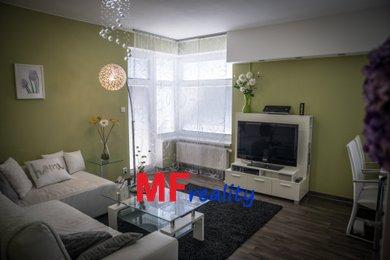 Prodej bytu 4+kk o 118 m² s garážovým stáním - Hradec Králové, Nový Hradec Králové, ulice Rybova, Ev.č.: 00067