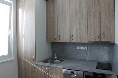 Pronájem krásného rekonstruovaného bytu 1+1 o 44m² s balkonem a sklepem - Hradec Králové - Nový Hradec Králové, Ev.č.: 00075