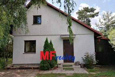 Prodej pěkné chaty 3+1 s pozemkem 399m² v obci Smržov u Smiřic, vzdálen 15km od Hradce Králové, Ev.č.: 00086