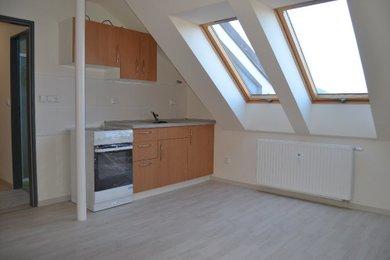 DOLNÍ KOUNICE - Prodej bytu  2+kk, 40m², Ev.č.: 01636